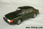 Saab_900_Sedan_4D_v3_MetGreen_aS.jpg (5061 bytes)